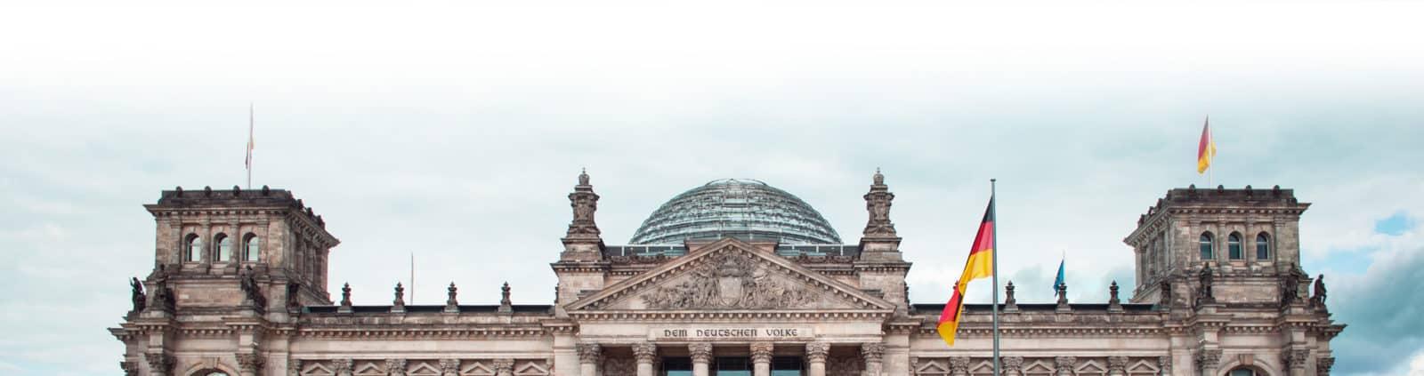 Foto des oberern Teil des Reichstags